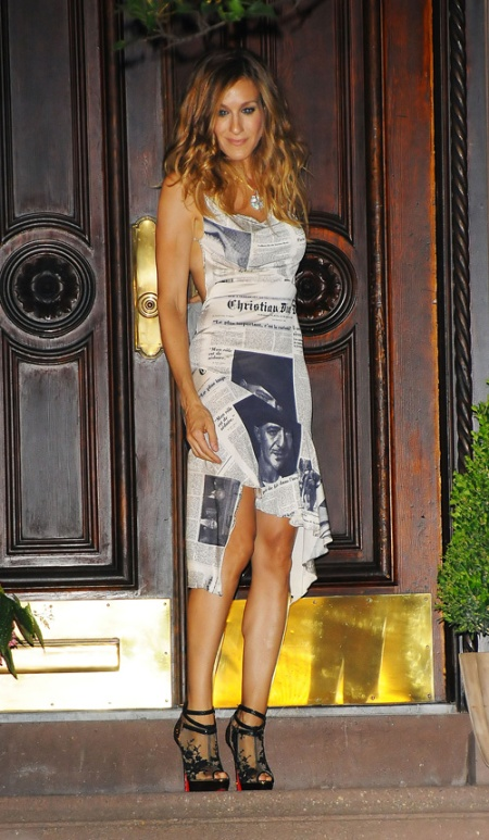 Carrie-Bradshaw-newspaper-dress-shoes